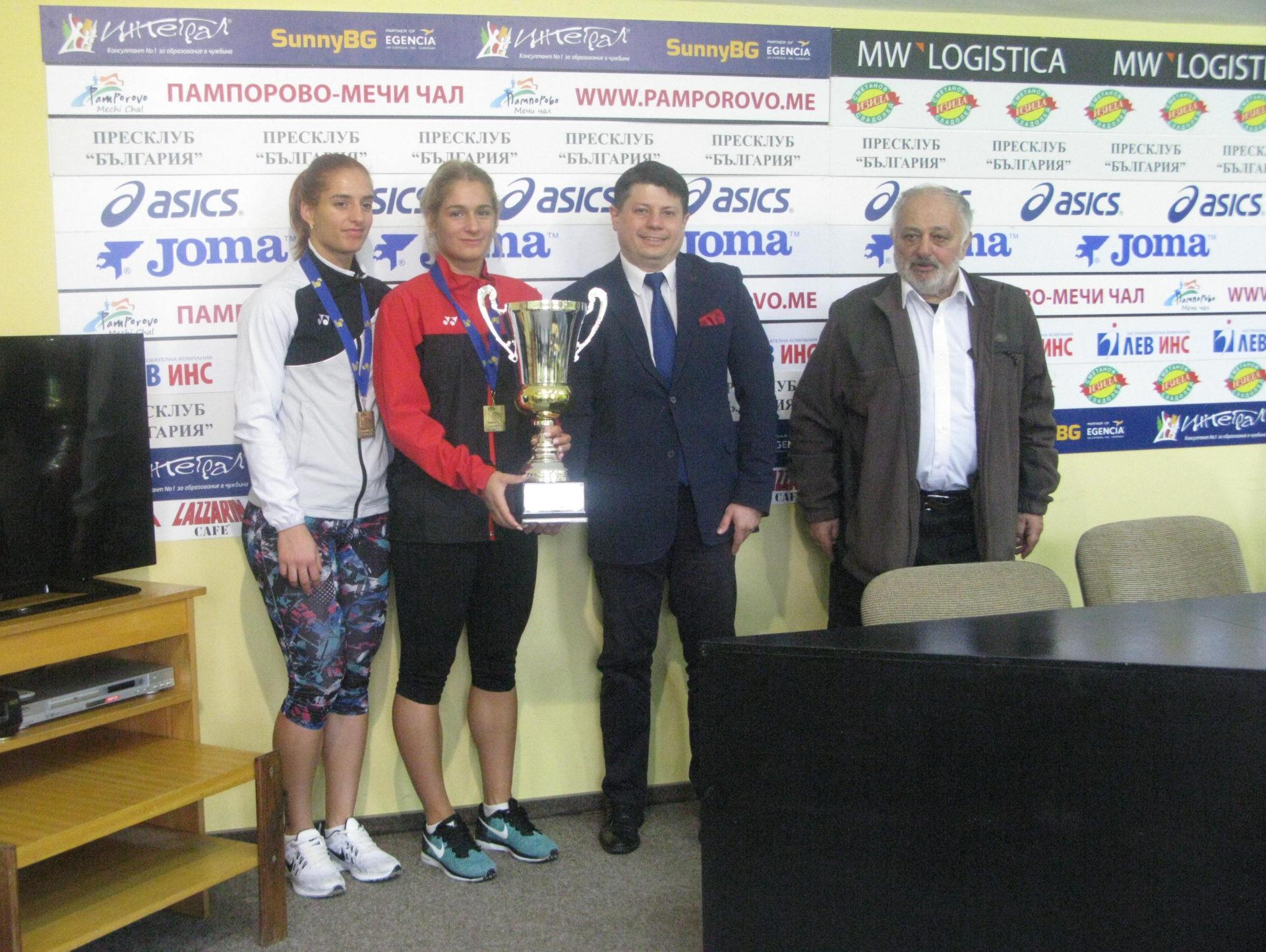 Габриела и Стефани Стоеви: Ще се борим за медал на Световното първенство!
