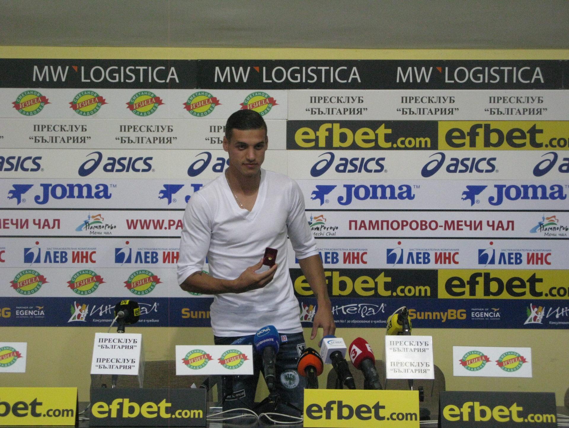 """Футболистът на август Кирил Десподов: """" Не искам да съм голмайстор, искам да помогна на ЦСКА да спечели титлата!"""""""
