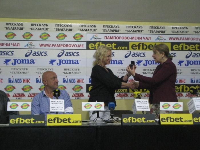 """Рекордната 7-а олимпийска квота донесе 12-та """"Златна България"""" за Мария Гроздева."""