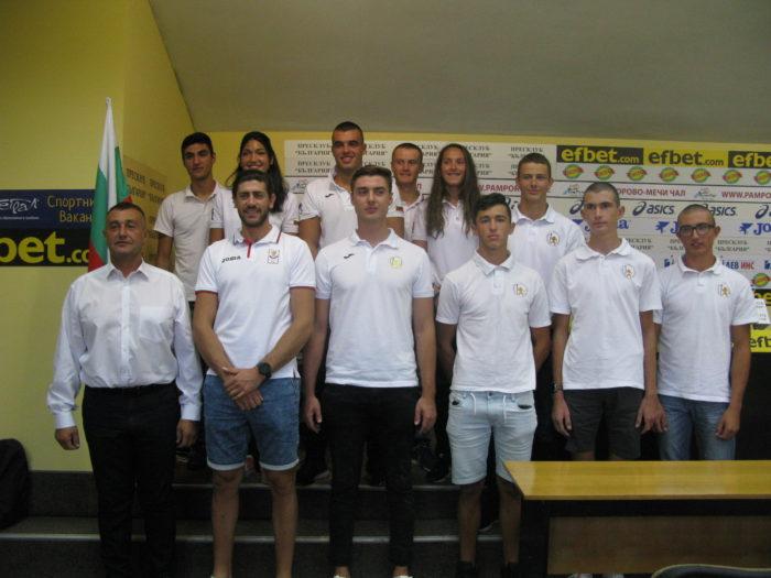 Гребците в гонка за 2 олимпийски квоти и с надежда за 2 нови лодки